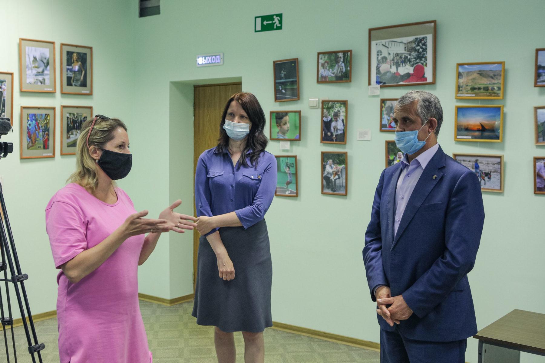 Владимир Шапкин встретился с коллективом центра поддержки материнства и детства Балашихи